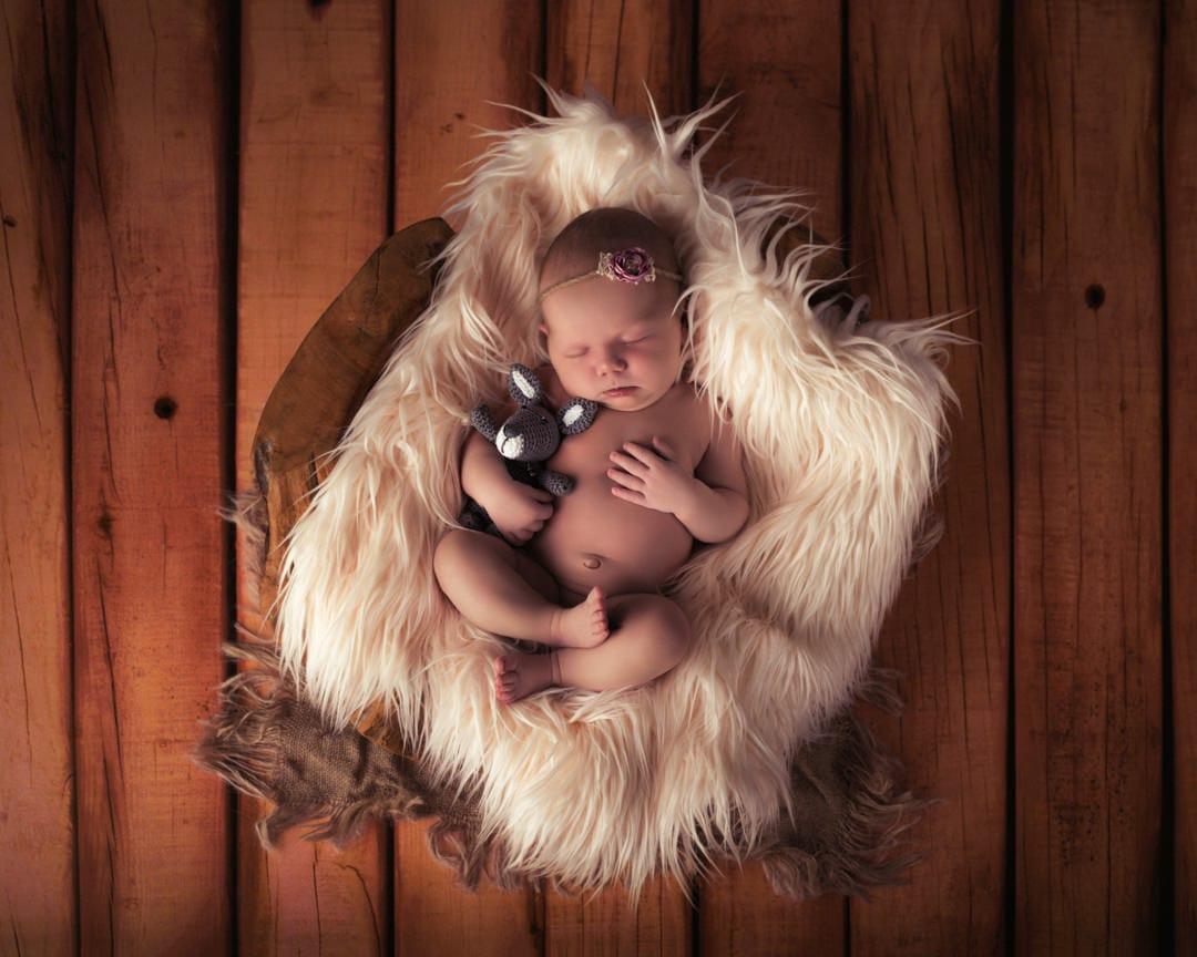 Pasgeboren fotograaf in Arnhem en Duiven. Newborn fotosessie.