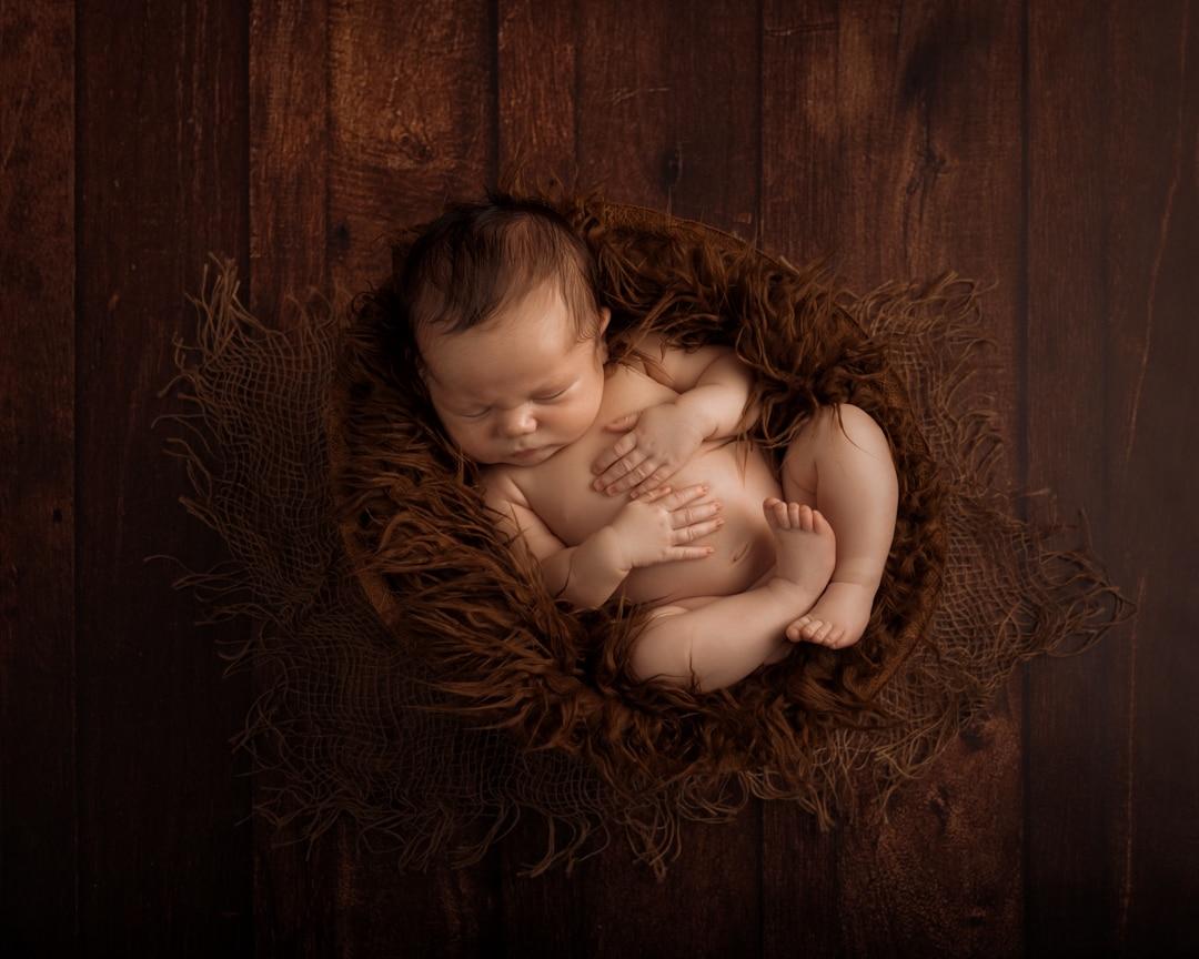 Pasgeboren fotosessie in Arnhem en Duiven. Newborn fotograaf.